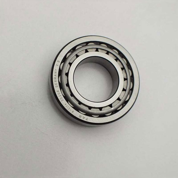 High precision FAG brand tapered roller bearing 30208